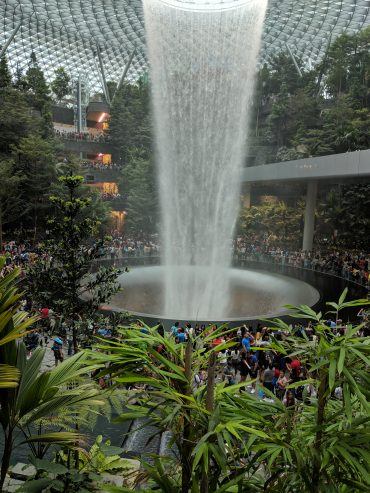 Try your art with 10,000s people going nuts at Singapore's Jewel Mall